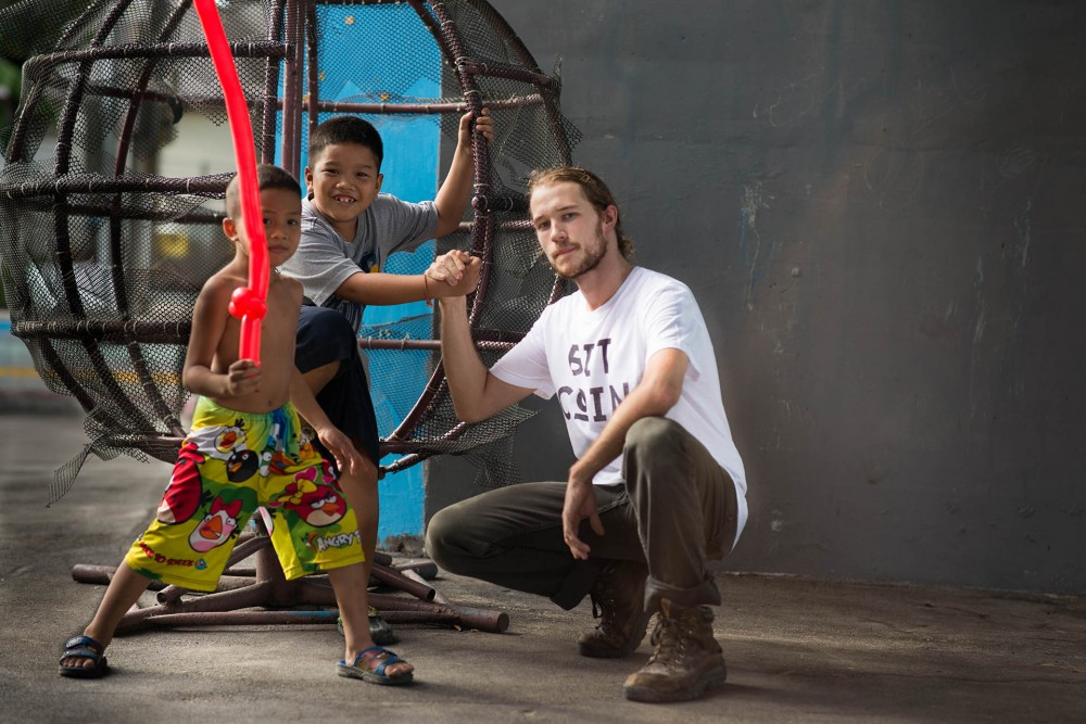 BITCoIN Tee   Teach the world's youth how to combat financial bubbles